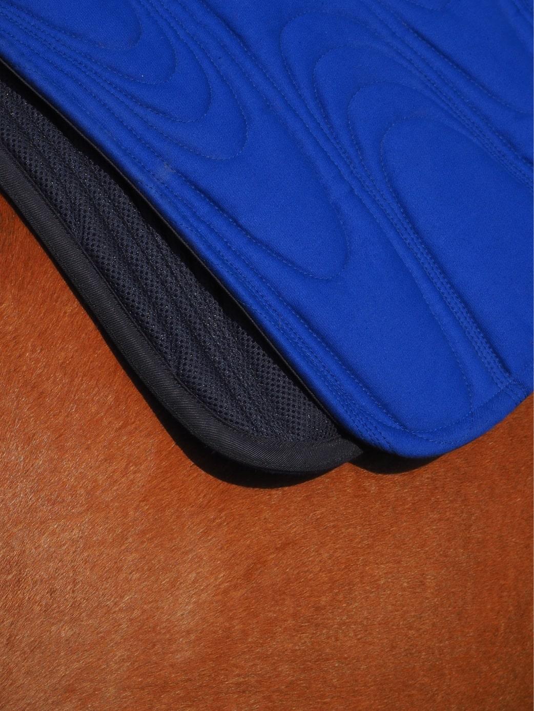 Tapis synergie bleu et sa maille 3D absorbante et respirante